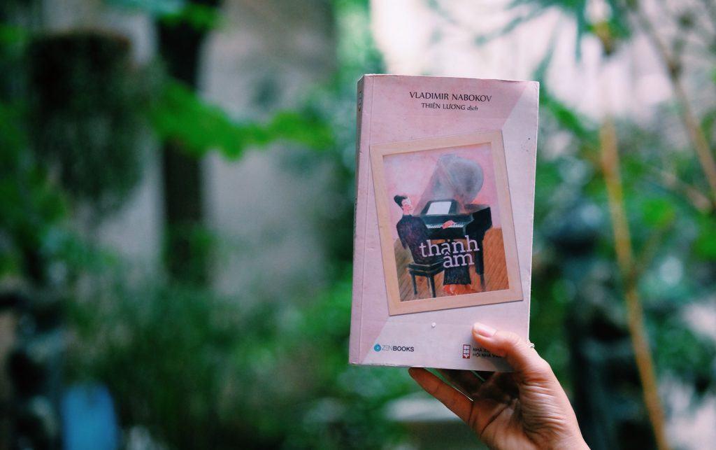 Bìa cuốn Bìa cuốn sách Thanh âm của Nabokov.Thanh âm của Nabokov.