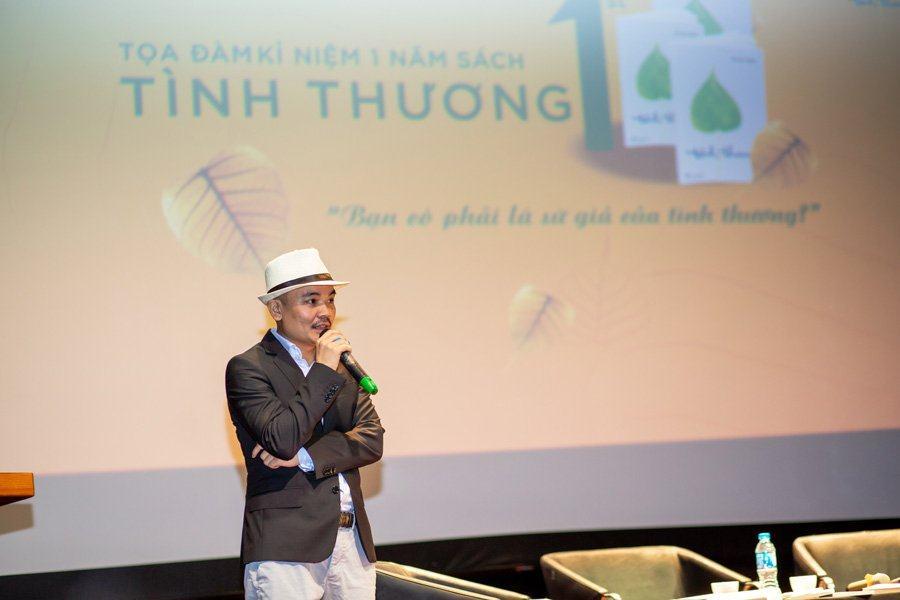 Tác giả Hà Huy Thanh chia sẻ tại buổi toạ đàm.