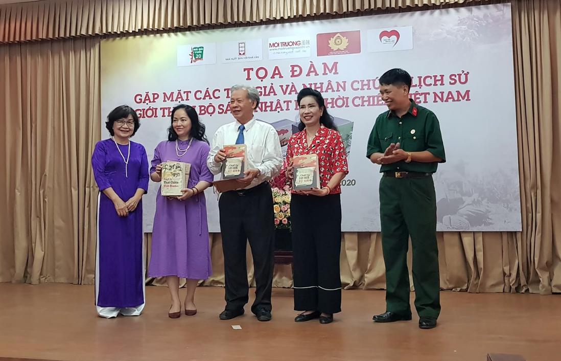Gặp gỡ tác giả và nhân chứng lịch sử của Nhật ký thời chiến Việt Nam - 2