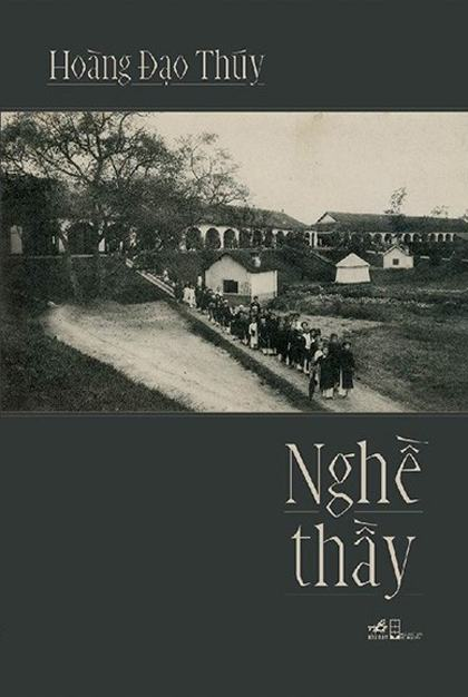 Nghề thầy xuất bản lần đầu năm 1944, được Nhà xuất bản Hội Nhà văn và công ty sách Nhã Nam in lại Nhân Ngày Nhà giáo Việt Nam 20/11. Ảnh: Nhã Nam.