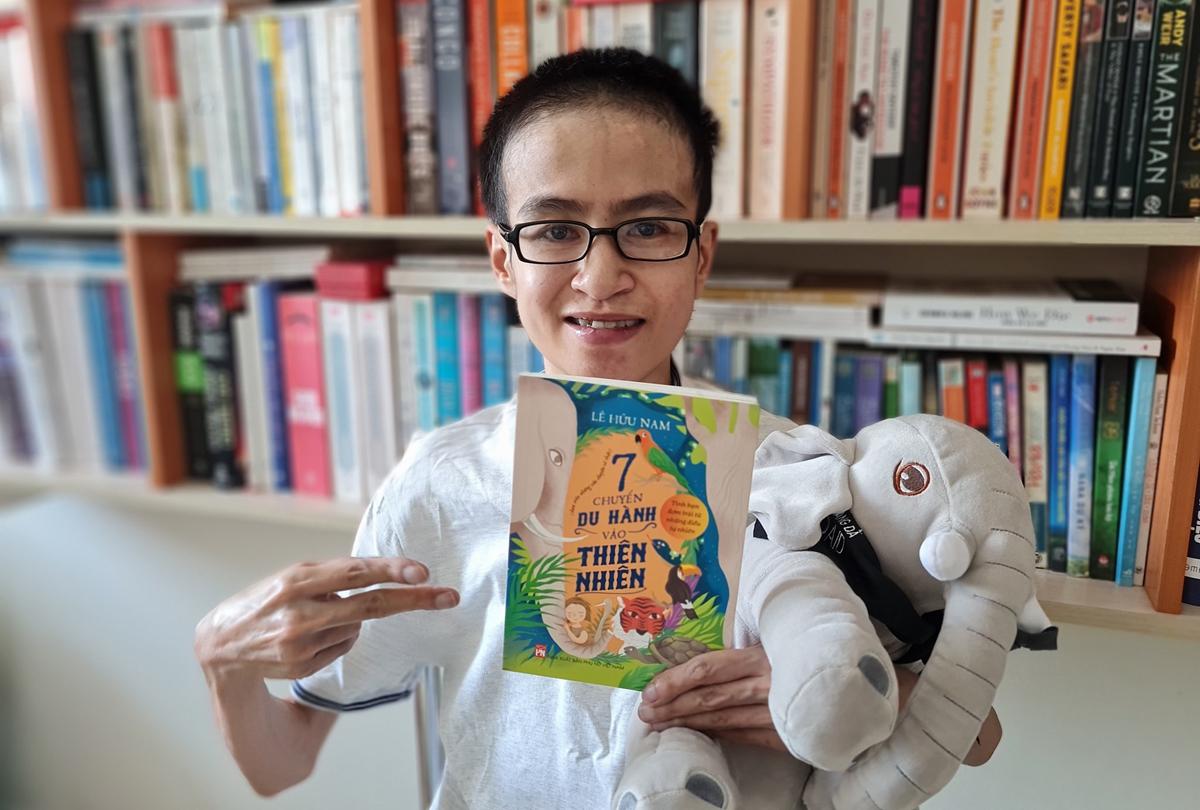 Nhà văn Lê Hữu Nam