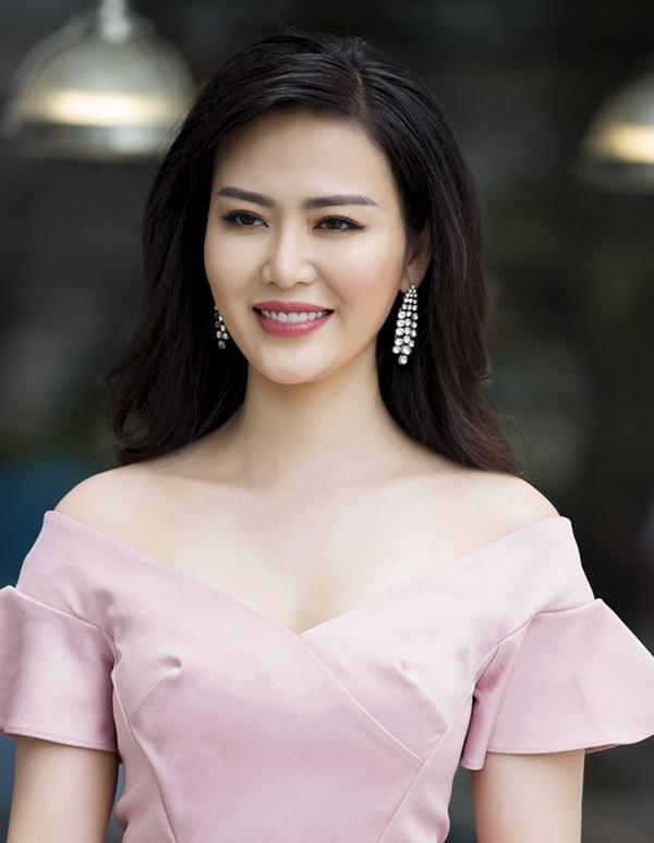 Hoa hậu Thu Thủy từng mơ ước trở thành nhà văn. Ảnh: Facebook Nguyen Thu Thuy.