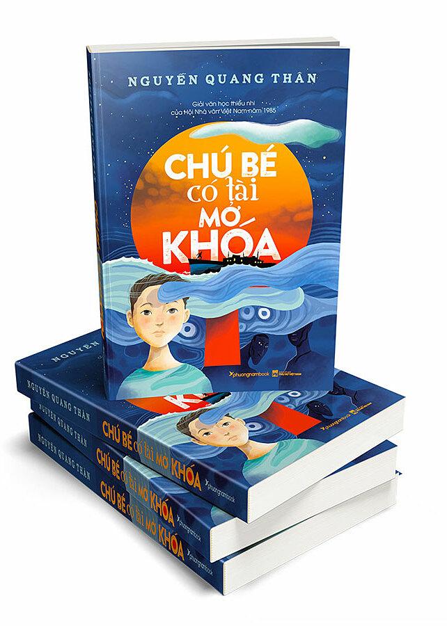 Tác phẩm được tái bản với bìa mới, các ảnh minh họa trong trang ruột do họa sĩ Kim Duẩn thực hiện. Ảnh: PNB.
