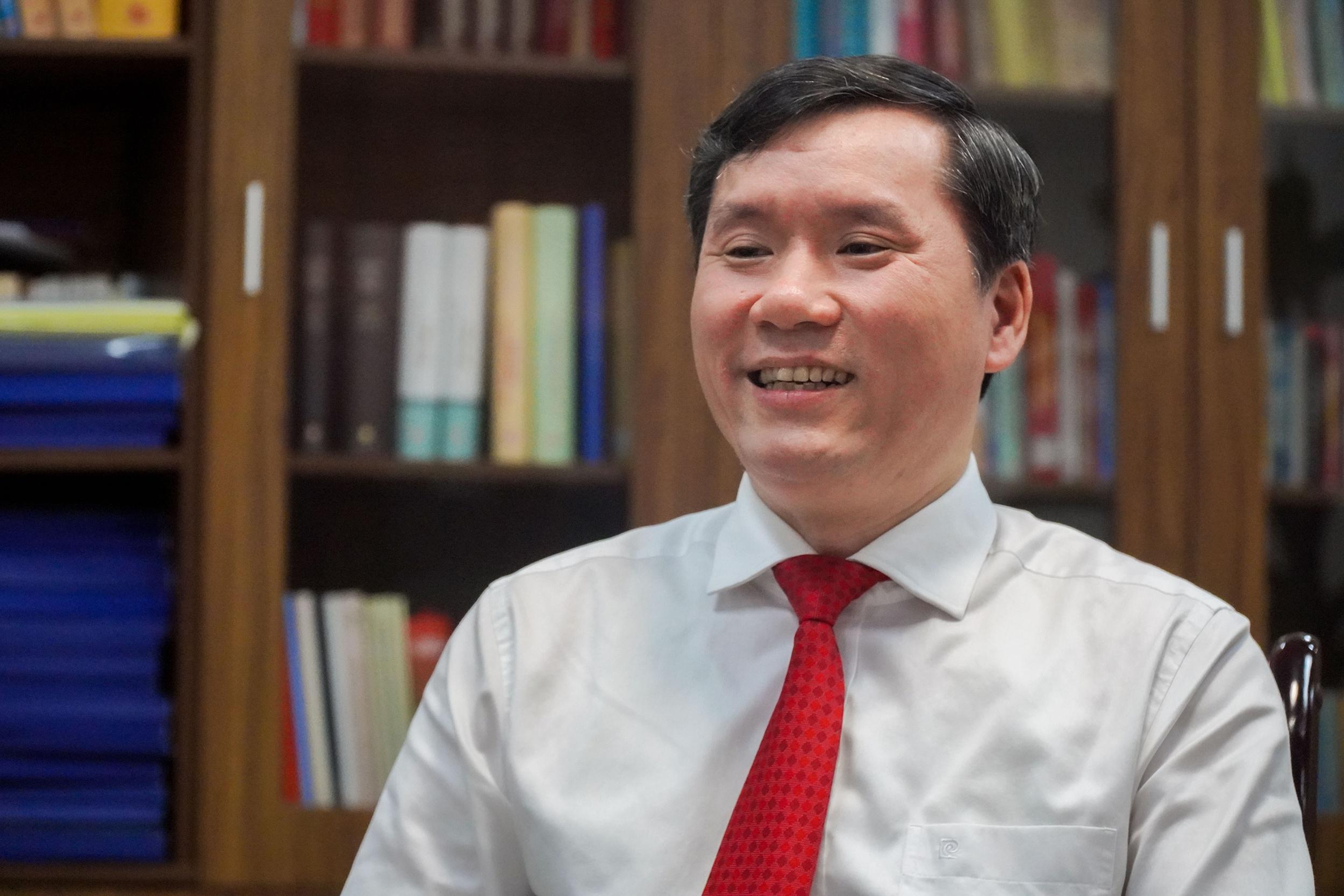 Sach ve Chu tich Ho Chi Minh anh 2